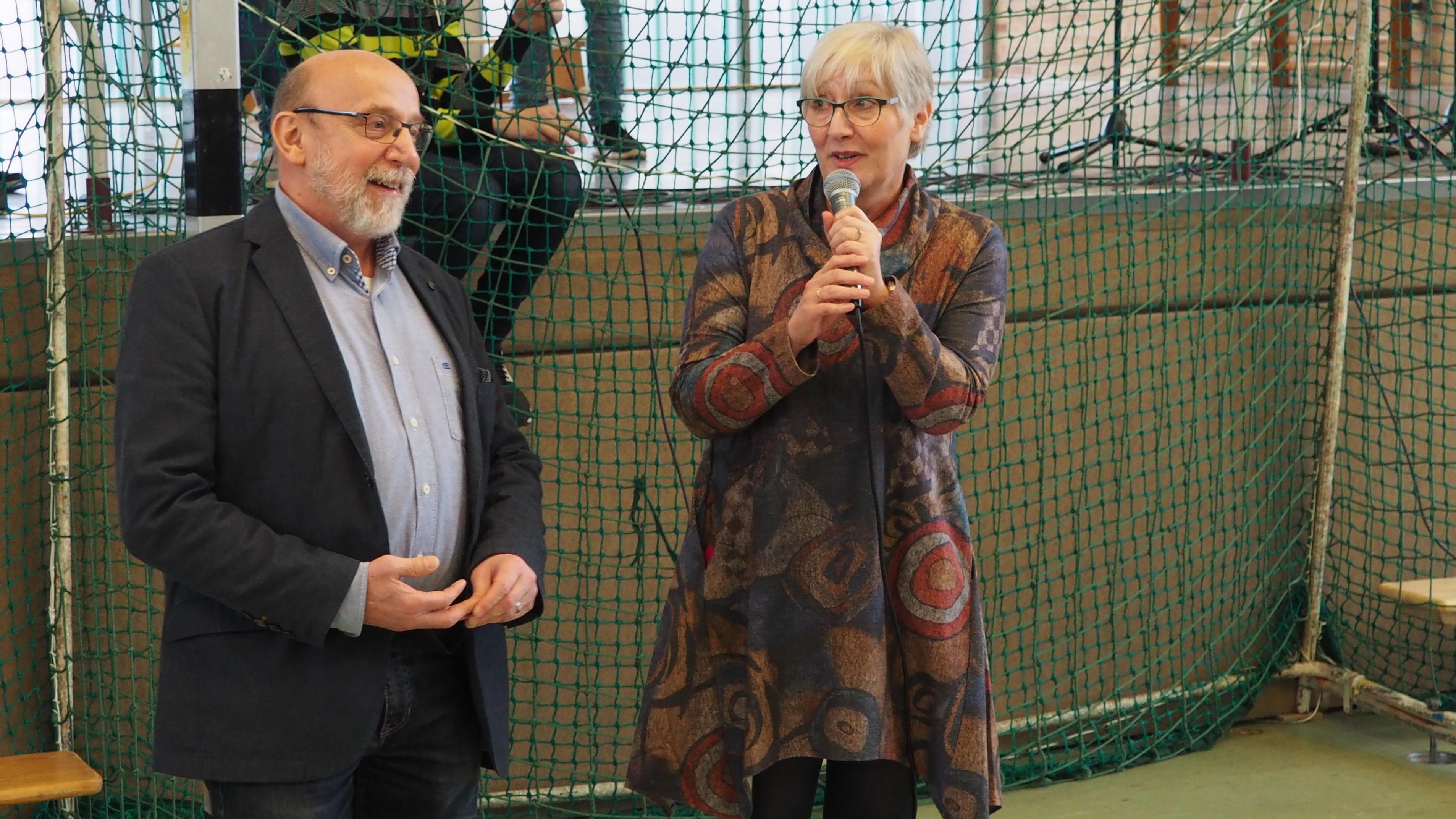 Frau van Haag und Herr Haecks